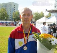 Участник команды «Коммунальные технологии» и победитель в номинации ветеранских коллективов 52-летний Владимир Смирнов. <br> Фото А. Казанцевой