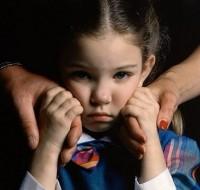 муж грозится отнять дочь поделить детей