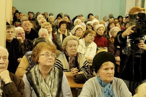 Общественные слушания по вопросу строительства поликлиники в центре Чебоксар <br> Фото Минздрава Чувашии