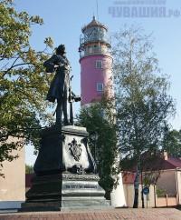 Памятник Петру I возле маяка г. Балтийск <br> Фото А. СОЛОВЬЕВА