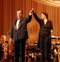 Гала-концерт в честь Ольги Нестеровой, отмечающей 25-летие работы в театре.