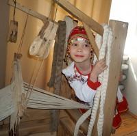 В начале ноября восьмилетняя Даша Платонова стала дважды лауреатом Международного фестиваля-конкурса «Национальное достояние – осень-2012».