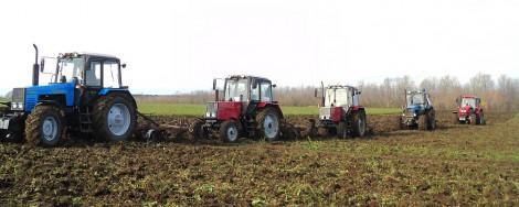трактора поле страда урожай