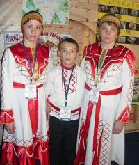 Минувшие осенние каникулы необычная многодетная семья Жиглаевых провела в Подмосковье на финальном этапе творческого конкурса как равная в кругу лучших замещающих семей страны.