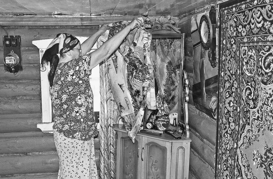 Почему при покойнике закрывают зеркала