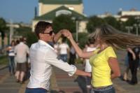 залив танцы