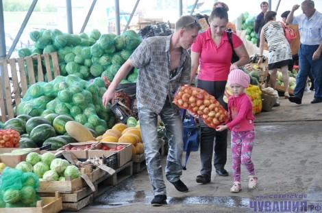 продуктовый рынок овощи