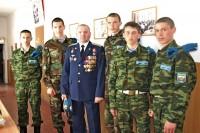 Геннадий Матвеев с земляками - курсантами Сызранского училища
