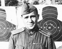 Старший лейтенант Владимир Галочкин на послевоенных сборах под Ленинградом