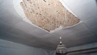...А внутри – обваливающиеся полы и потолки. Фото пресс-службы ОНФ Чувашии
