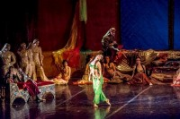 Сцена из балета «Бахчисарайский фонтан».Фото Нижегородского театра оперы и балета