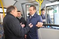 На Минском автозаводе Михаилу Игнатьеву показали новые автобусы. Фото www.cap.ru