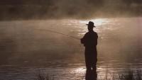 Рыбалка с берега – дело хорошее. Но и тут о безопасности забывать не стоит.