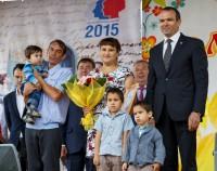 Семья Ефимовых из деревни Анчиккасы получила сертификат на земельный участок. Фото Максима ВАСИЛЬЕВА