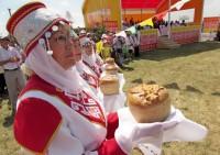 Какой же праздник без домашнего хлеба? Фото tatar-inform.ru
