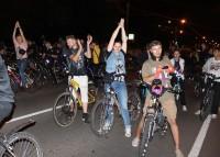 Спортивно-развлекательный флешмоб на колесах не назвали скучным.Фото: forum.na-svyazi.ru