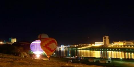 Воздушные шары напоминали «стрижам» и чебоксарцам, с чего начиналась авиация.Фото Александра ГАВРИЛОВА