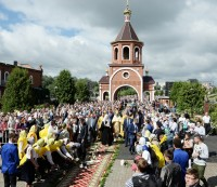За два дня визита в Чувашию Святейшего Патриарха Московского и всея Руси Кирилла в мероприятиях приняли участие более 16 тысяч горожан.Фото с сайта patriarchia.ru