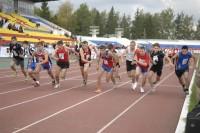 Эта беговая дорожка преподнесла немало спортивных сюрпризов.Фото Геннадия ВЕРБЛЮДОВА из архива редакции
