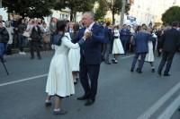 Вальс Победы танцует председатель Госсовета Чувашии Юрий Попов.Фото cap.ru