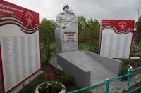 В этой братской могиле похоронено несколько солдат из Чувашии.