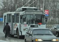 Троллейбуса номер 1, уверяют транспортники, теперь долго ждать не придется.Фото Олега МАЛЬЦЕВА