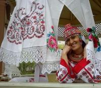 Вероника Тимофеева любит не только чувашские узоры,но и чувашские песни.