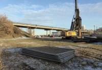 Ремонтные работы на мосту на три года ограничат в движении не только водителей, но и пешеходов.Фото автора