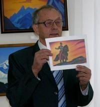 Хабаров с иллюстрацией к «Сказу о Чудаке».