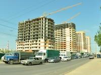 Возводится еще шесть новых домов.Фото Олега МАЛЬЦЕВА из архива редакции