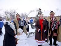 В Ядринском районе туристов встречают песней.