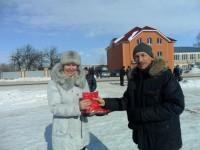 Вера Исакова – суперчемпион по метанию женских сапог.Фото cap.ru