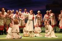 В постановке «Нарспи» участвуют и юные артисты.