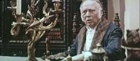 Первый председатель чувашского отделения СТД, актер Русского драмтеатра Борис Праудин, проработал в Чувашии 10 лет начиная с 1934 года. Затем жил в Риге, снимался в кино. На фото кадр из фильма «Времена землемеров» (1968).