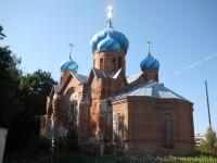 Пятнадцать лет назад в церкви восстановили крышу и купола.