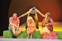 Свой киноопыт Вячеслав Оринов привносит и на сцену. Фото Олега МАЛЬЦЕВА