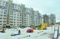 Вместе с домами выросли и детские площадки. Фото Олега МАЛЬЦЕВА