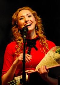 Оксана АНАНЬЕВА: Приходите к нам на спектакль! Фото Сергея ЖУРАВЛЕВА