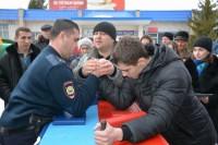 В Вурнарах мужчины вступили в «железную» схватку.Фото cap.ru