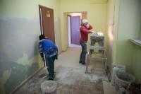Скоро эти коридоры заполнятся пациентами.Фото Максима ВАСИЛЬЕВА