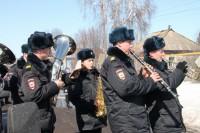 Оркестр, залп из боевого оружия, прощальные речи – проводы солдата в последний путь.