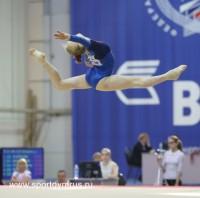 Полина Федорова порхала на гимнастическом помосте. Фото sportgymrus.ru