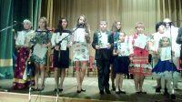 Вместе с Анастасией Ивановой (на снимке третья слева) лучшими в номинации «Народное творчество» стали школьники из Москвы, Саранска, Пензы и Калужской области.