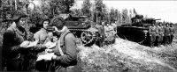 Нелегкую воинскую службу несли жители Кошки-Куликеево и в танковых войсках.