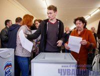 Проголосовать на праймериз можно было сразу за нескольких кандидатов. Фото Максима ВАСИЛЬЕВА