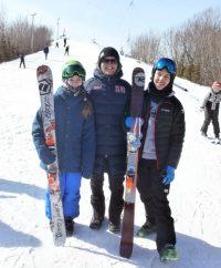 На фото (слева направо) Лана Прусакова, Никита Васильев, Дмитрий Мулендеев.Фото Александра ЕГОРОВА из архива редакции