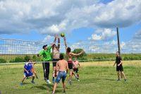 Борьба за мяч – занятие для настоящих мужчин. Фото www.cap.ru