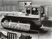 Первый Т-330, собранный в Чебоксарах.Фото из архива Концерна «Тракторные заводы»