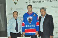 Чебоксарские болельщики верят в свою команду.Фото Олега МАЛЬЦЕВА