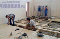 В школе в Шоршелах оборудуют новый спортзал. Фото Евгении АЛЕКСЕЕВОЙ
